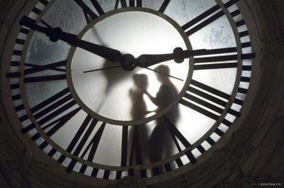 Um Romance Contando as Horas Para Acontecer