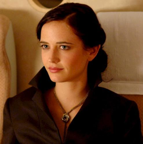 eva-green-interpretando-vesper-lind-casino-royale