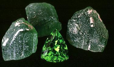 Peridoto – você conhece essa pedra preciosa?