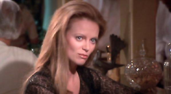 Magda, primeira bondgirl do filme 007 Contra Octopussy